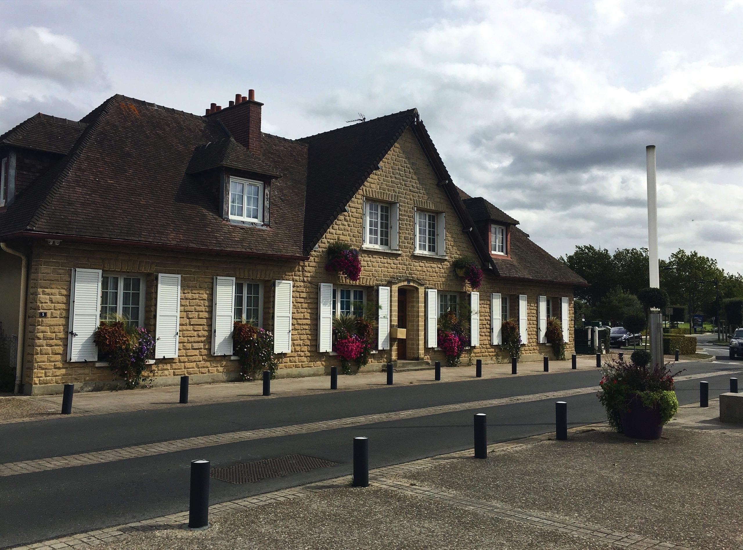 Houses in Merville-Franceville-Plage
