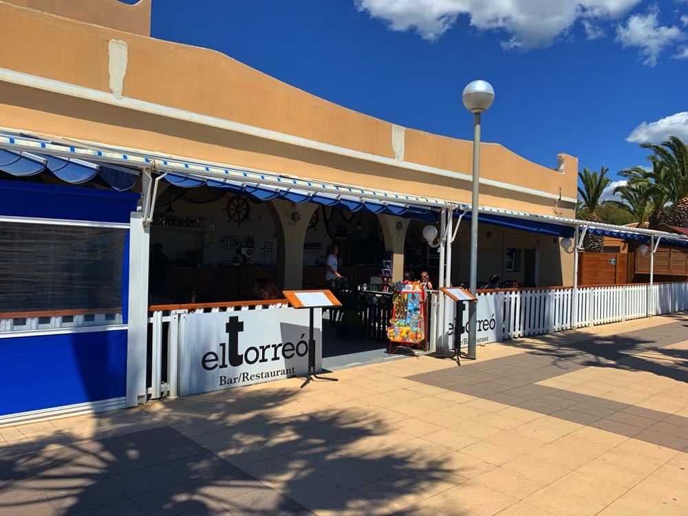 El-torre -Beach-Bar-Restaurant