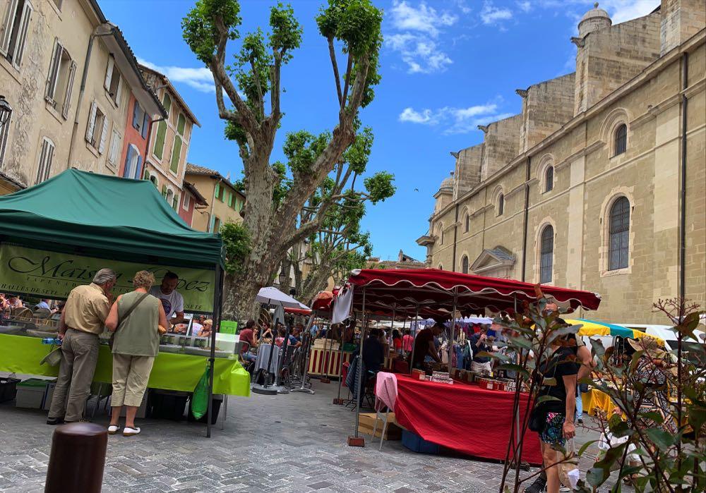 L'isle-Sur-La-Sorgue-Market