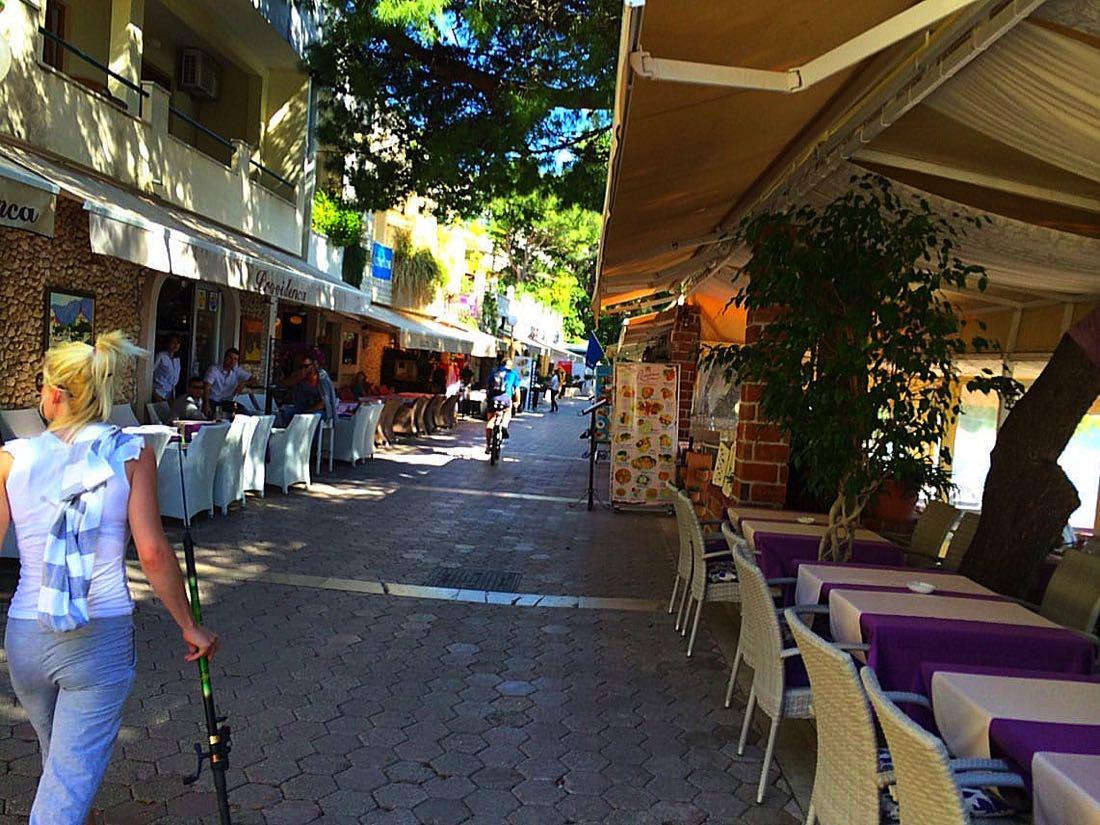Makarska-Promenade4